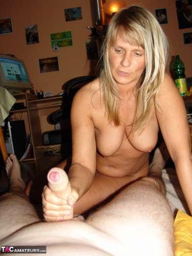 PIEAUGUŠU (28 years) (Photo!) gets acquainted with a woman (Ad #4785502)
