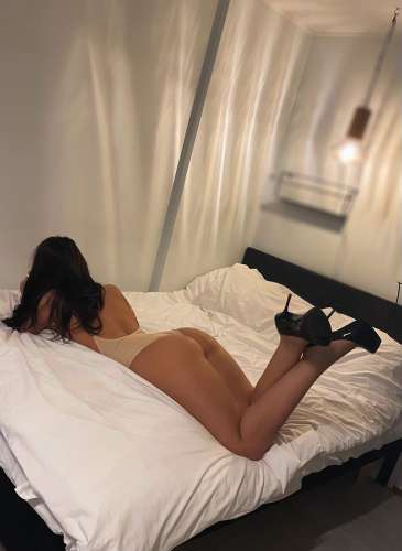 Maia (23 years) (Photo!) offer escort, massage or other services (Ad #5066000)