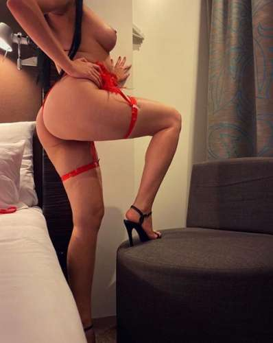 Karina (21 year) (Photo!) offer escort, massage or other services (Ad #5068495)