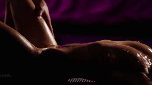 Erotic masseur
