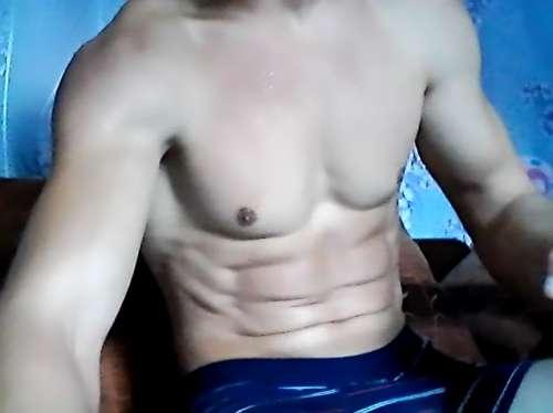 Jānis  (27 лет)