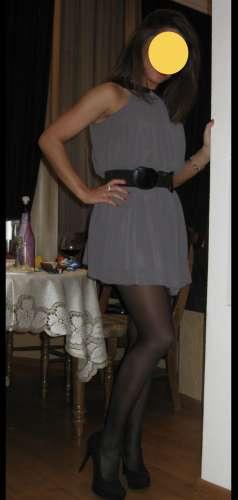 Dana  (34 years)