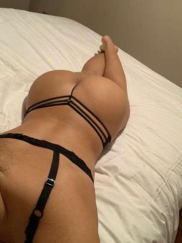 Jessic_latina  (24 years)